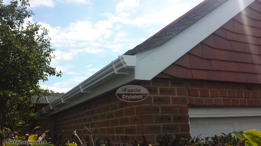 White Upvc Fascias And Soffits With White Ogee Guttering